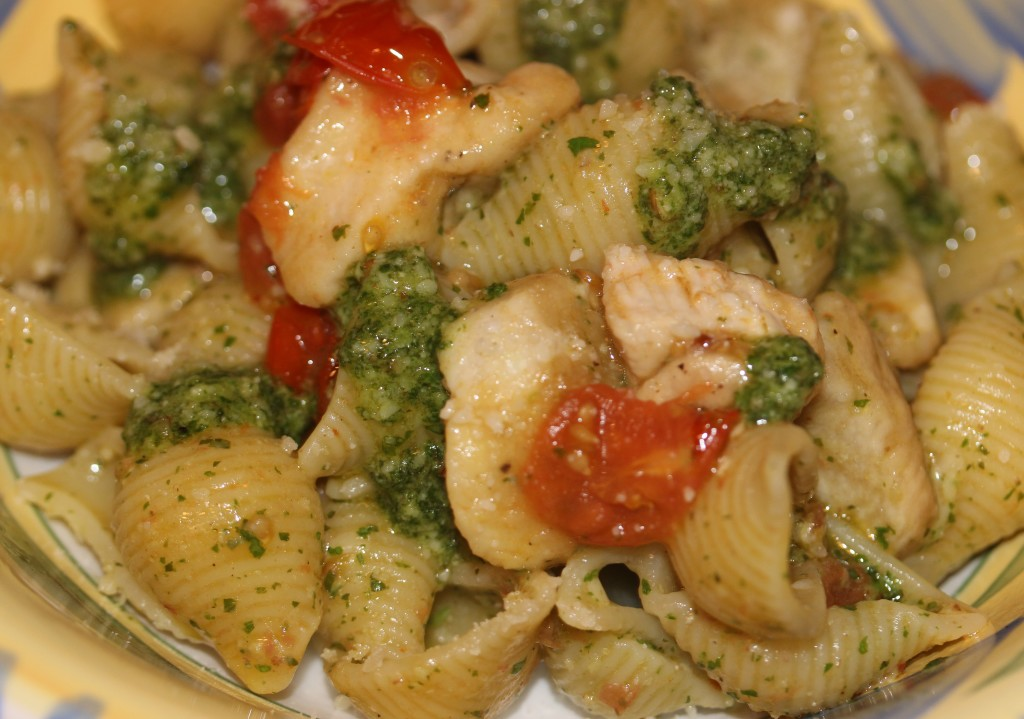 shells with chicken and  mint cilantro pesto